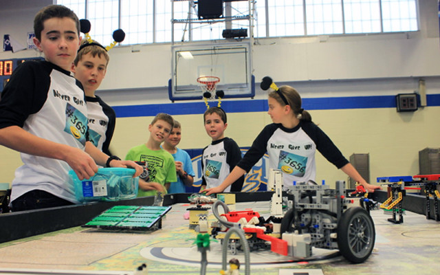 Valley Lego Robotics Teams Heading To States Fiddlehead Focus