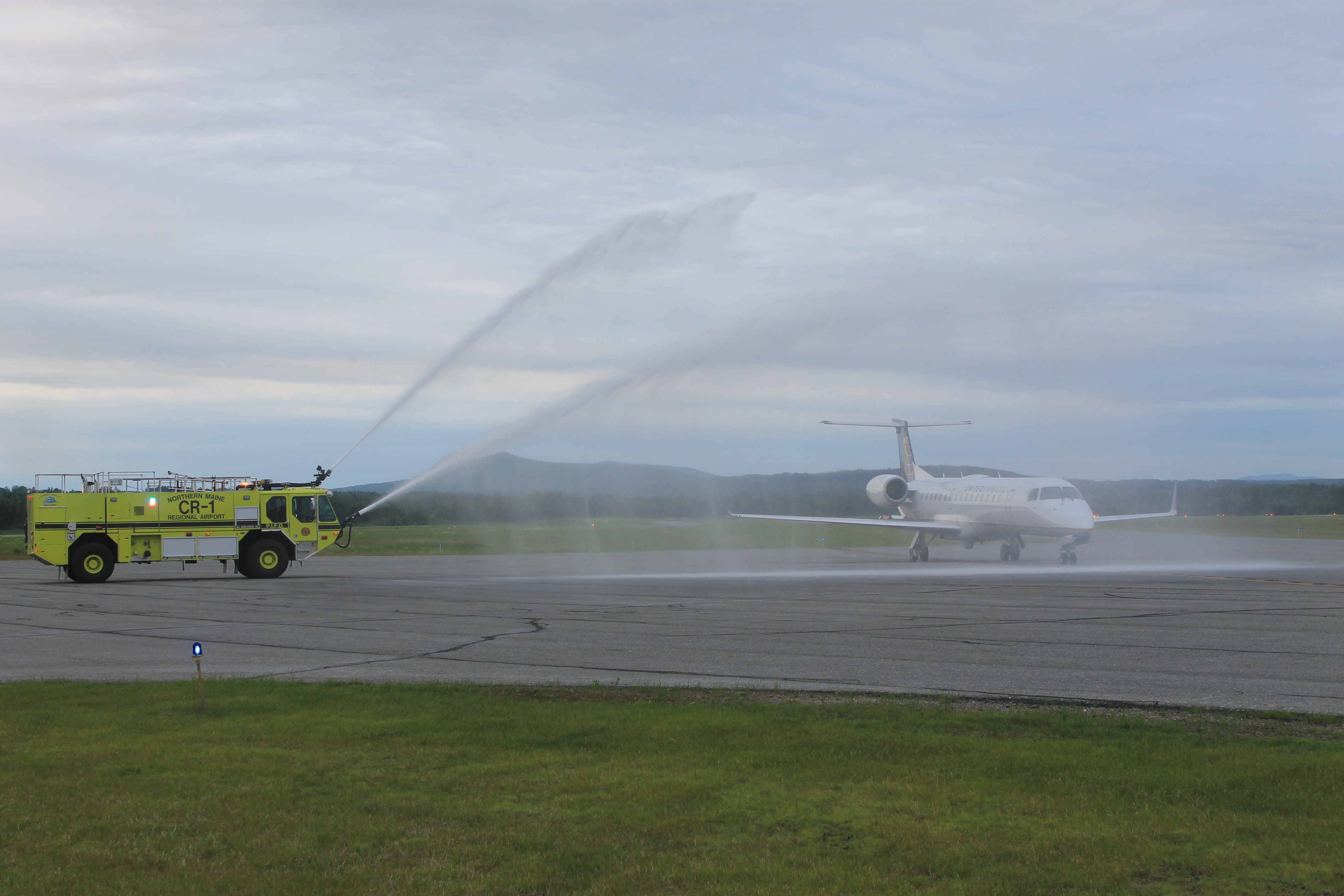 Presque Isle Celebrates New Airline S First Take Off Fiddlehead Focus