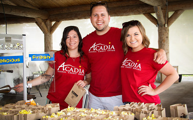 Acadia Federal Credit Union >> Acadia Federal Credit Union Donates Nearly 30k Before Crowd Of 400